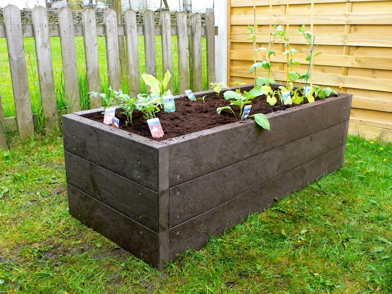 recycled mixed plastic raised beds - Kedel.co.uk