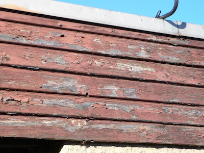 Old Cedar Cladding before replacement with Kedel's Recycled Plastic