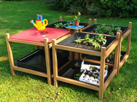 Outdoor recycled plastic exploration sand and water table for schools