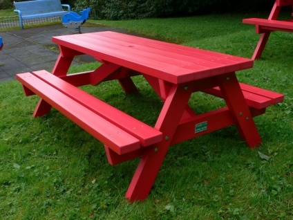 Derwent Recycled Plastic Junior Picnic Table/Bench