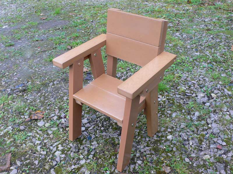 Thames Childrens Garden Chair  Ages - years  Recycled Plastic