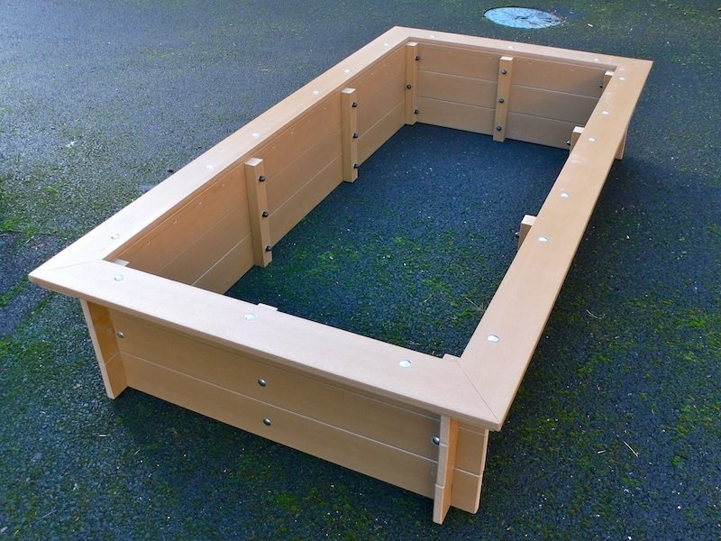 Recycled Plastic Raised Vegetable Beds